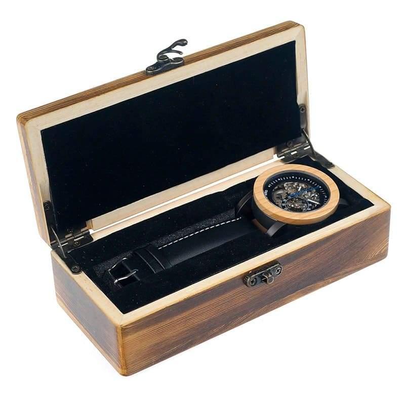 montre automatique a moins de 200 euros